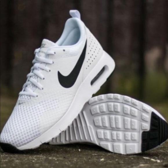 Nike Air Max Zapatos Poshmark Talla 9 Nuevos Poshmark Zapatos Tavas 3a9821